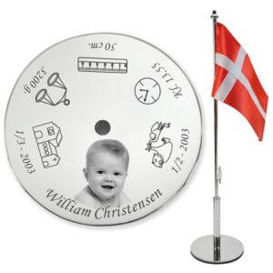 Bordflag til dåb med navn og billede