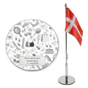 Konfirmations flag til piger med navn